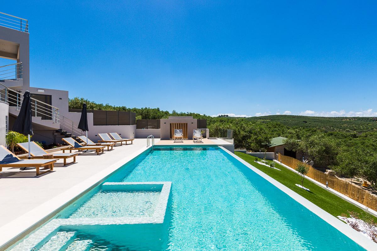 Villa Veggera Chania pool view