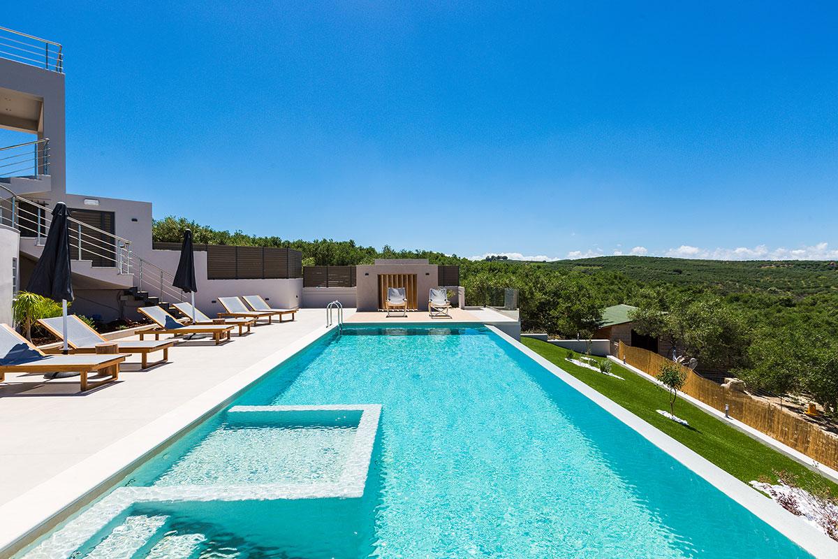 villa veggera chania, pool